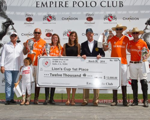 Buffalos won the USPA 4-Goal Lions Cup Finals and $12,000. Alex Haagen III, Kimo Huddleston, Lacey Safanovs, Elizabeth Goodwin Welborn of Stick & Ball, Scott Walker of the USPA, Ross Adam and Peter Blake.